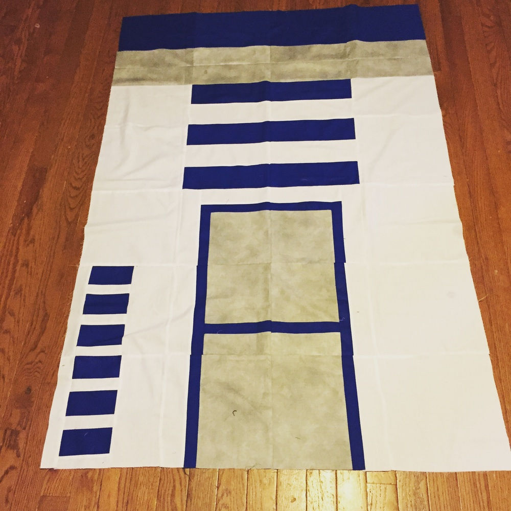 R2D2-- this is a pattern my husband made on EQ7.  I tested the pattern for him.