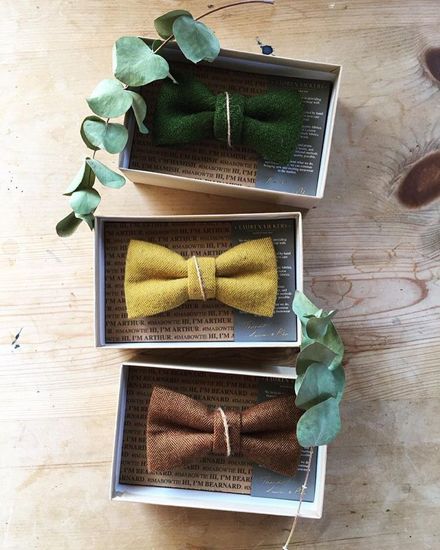 Herringbone flannel and tweed getting  us prepped for Autumn! 🍁 . . . . #mensaccessories #bowtie #harristweed #mensfashion #menstyle #tweed #autumnstyle #groomstyle