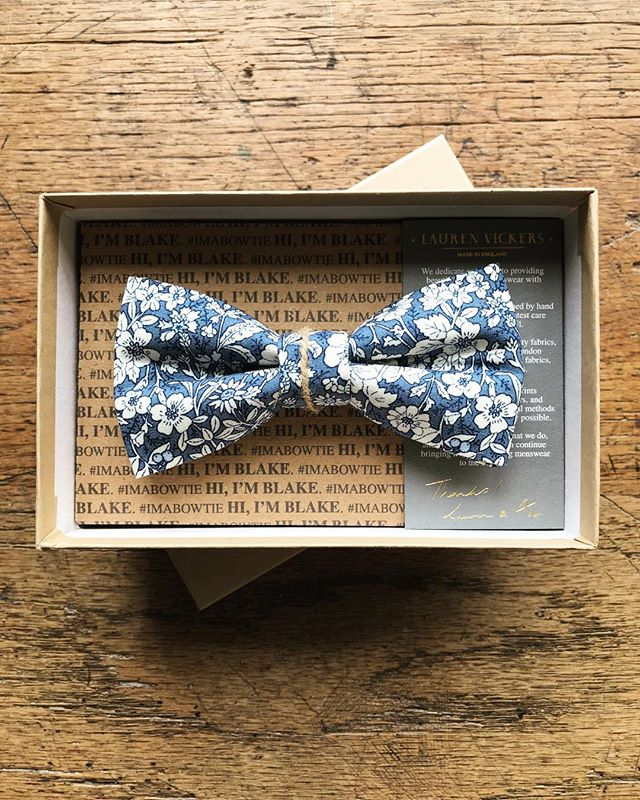 If you didn't catch the cyber sales, our Blake bow tie (and others!) are only £24.99 ✨ www.lvmadeinengland.co.uk . . . . #mensaccessories #bowtie #menstyle #floralbowtie #groomstyle #vintagestyle #weddingstyle #weddingdetails