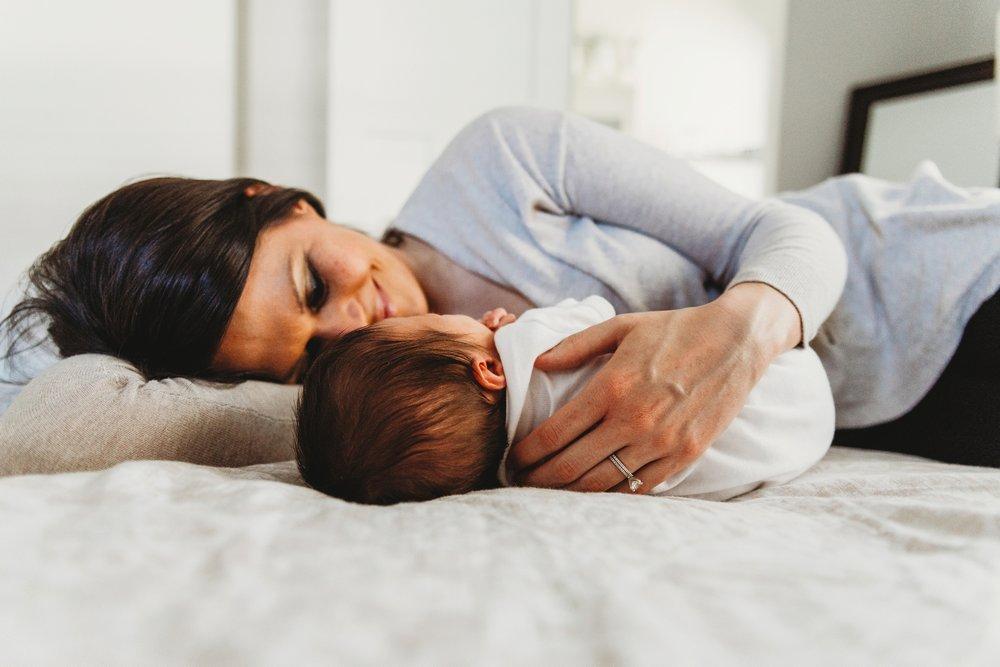 Newborn Lifestyle Session   MN Newborn Photographer