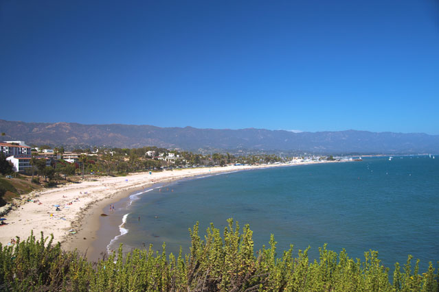 The bluffs of Shoreline Park overlook the quaint Ledbetter Beach near downtown Santa Barbara