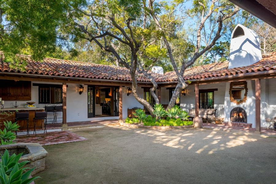 Hacienda Andaluz, a 1922 Spanish Colonial estate, sold for $4,500,000 in October (listed by Nancy Kogevinas and Thomas Schultheis of Berkshire Hathaway, sold by John Bahura of Village Properties)
