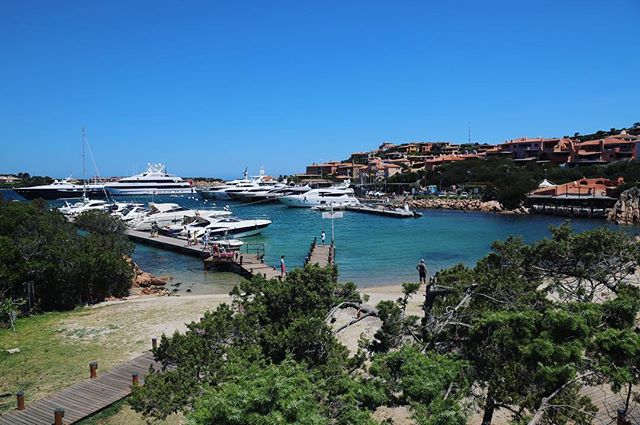 More than a little excited to be heading to Porto Cervo today, the Loro Piana regatta is on but more importantly @theroamingmixologist is waiting for me !! ⚓️ 🍸 #roamingspirit #atravellerslife #wanderlust #boatlife #mediterranean #sardinia #beauty #mates