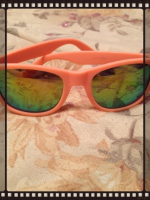 cool shades, must take photography class, you can see my hand in lens..lol