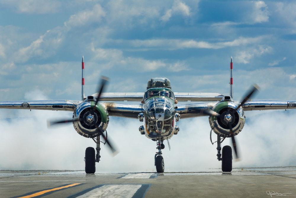 B-25 Mitchell - Smoke