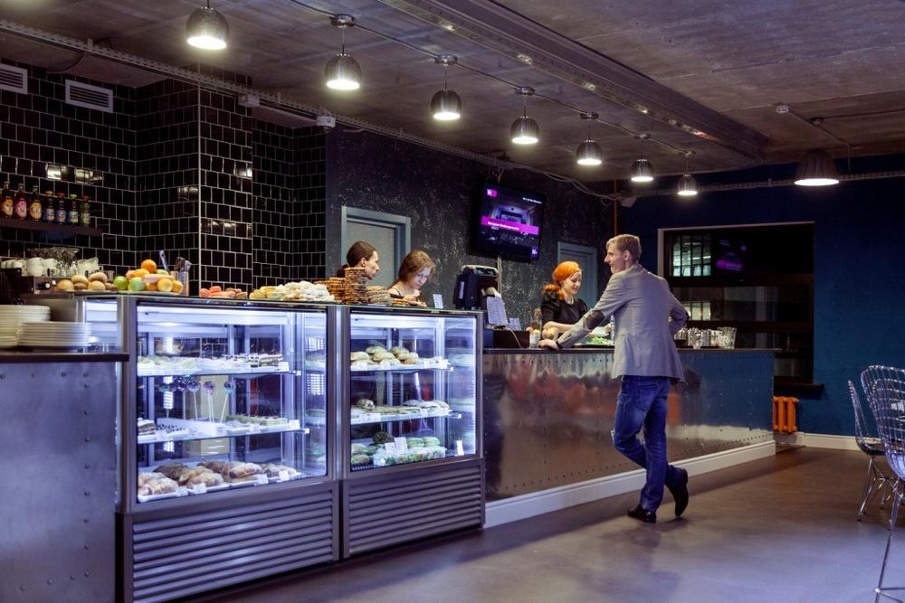 Пища для ума (и не только!)В нашем учебном центре работает кафе для студентов с кофе и вкусными сэндвичами.