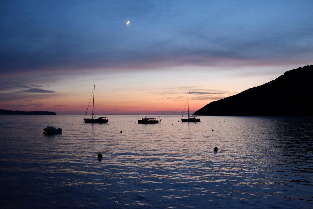 vis-sunset.JPG