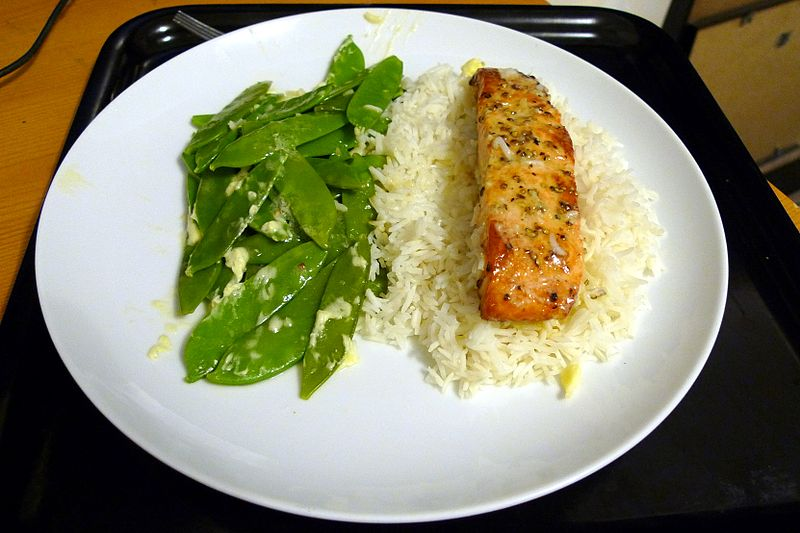By Ewan Munro from London, UK (Salmon with Lime & Garlic Butter  Uploaded by tm) [CC BY-SA 2.0 (http://creativecommons.org/licenses/by-sa/2.0)], via Wikimedia Commons