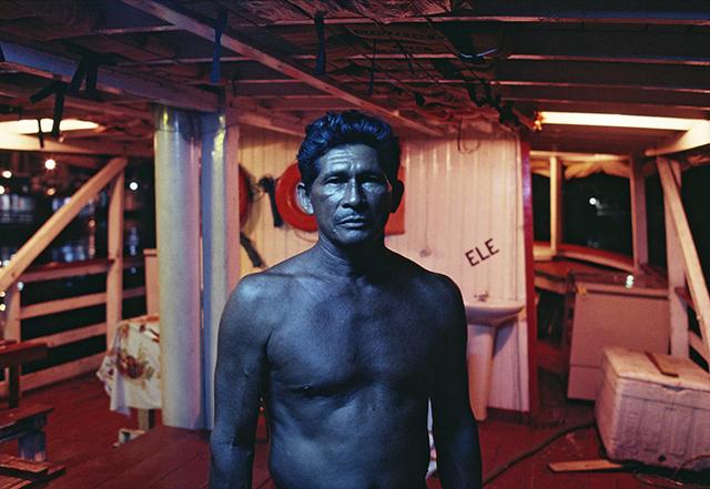 """Luiz Braga, """"Barqueiro azul em Manaus"""", 1992"""