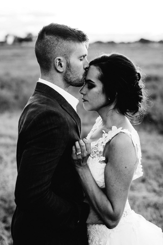 Billings Montana Wedding Engagement Family Maternity Photographer (2).jpg