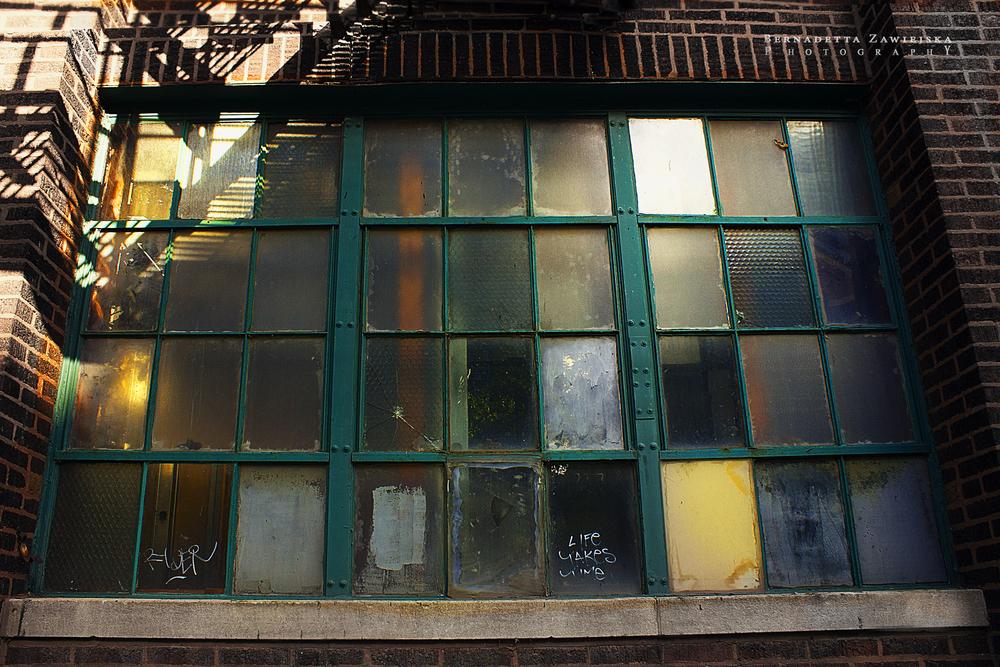 windowColor.jpg