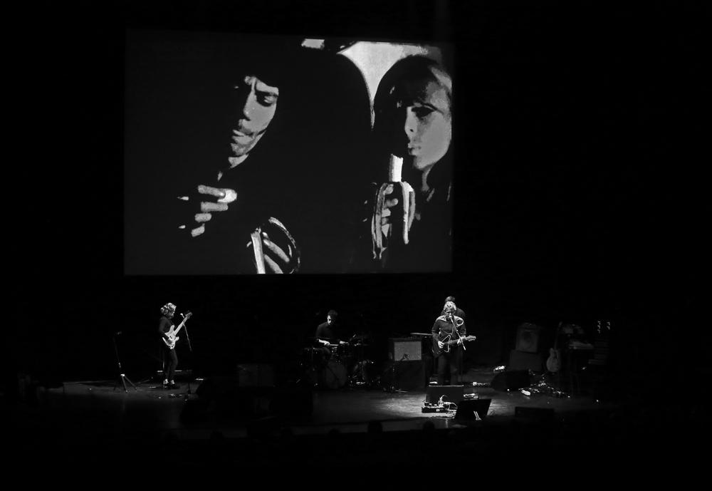 Dean Wareham performs a song written for Warhol's study of Nico. Photo: Roosa Päivänsalo