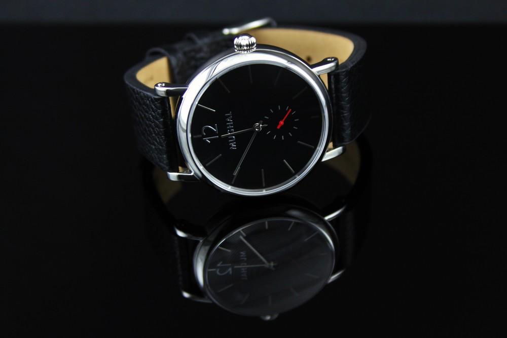 M1 Classic Black
