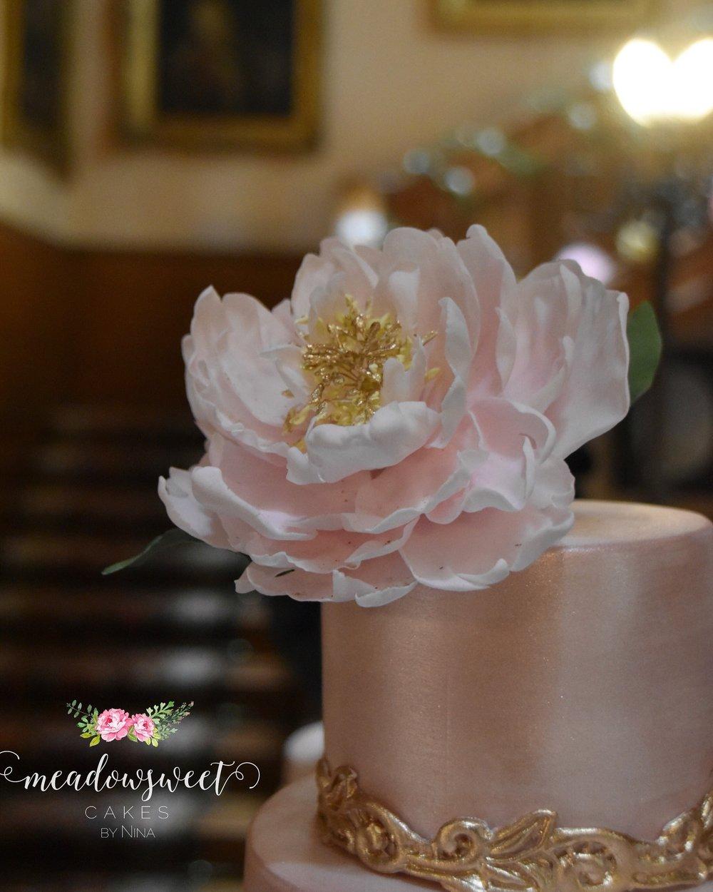 Sugar flower and rose gold wedding cake inspiration meadowsweet cakes