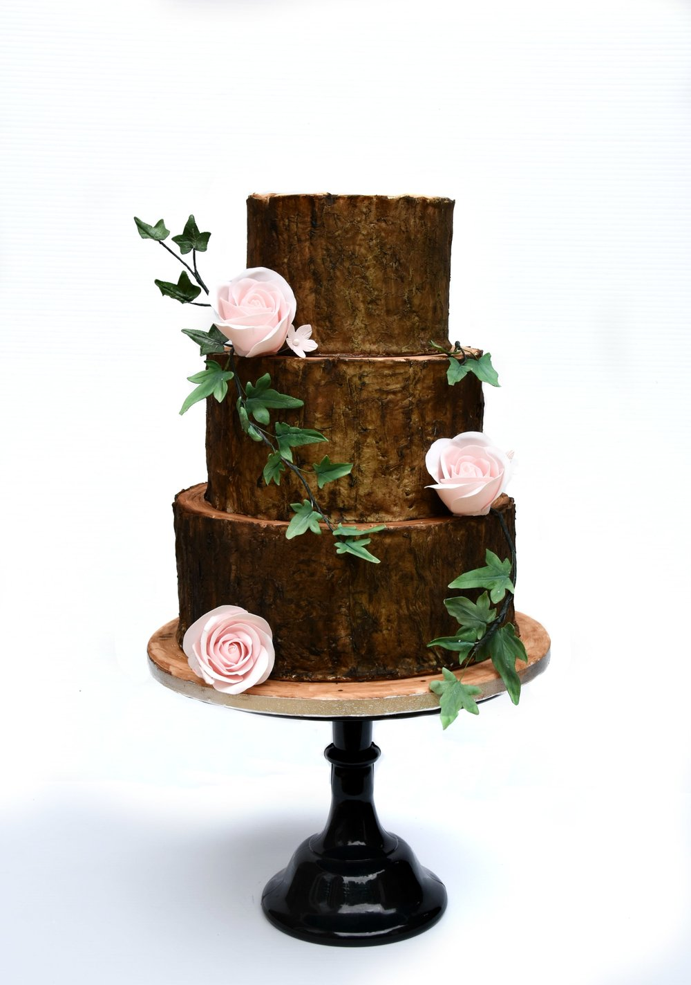 Cake, flowers and foliage all edible!! Wedding Cake by Meadowsweet Cakes