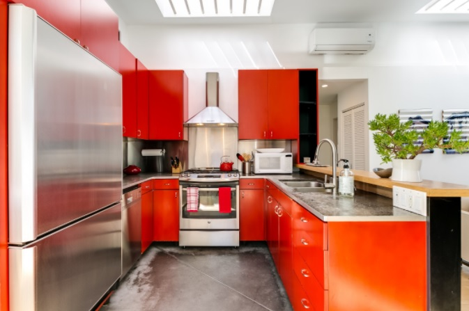 Photo courtesy Airbnb Santa Monica, CA rental 7460366