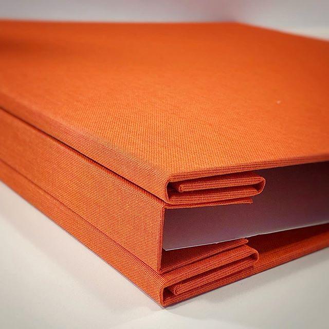That's a lot of hinges! 😊 #customportfolio #bookbinding #portfoliodesign #custombookbinding #portlandoregon #handmadebook