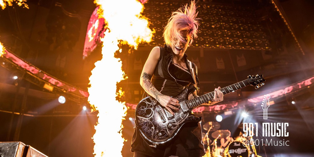Korey Cooper kills it on the guitar.   WinterJam Memphis 2015.     Photo:  @TimGSimpson