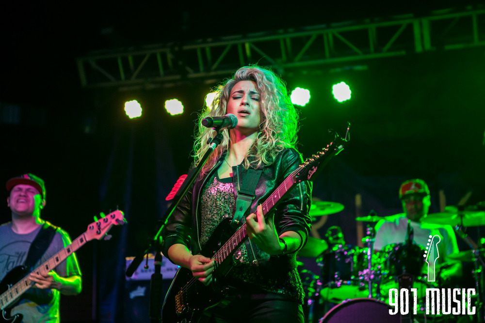 na-0616-ToriKelly-7.jpg