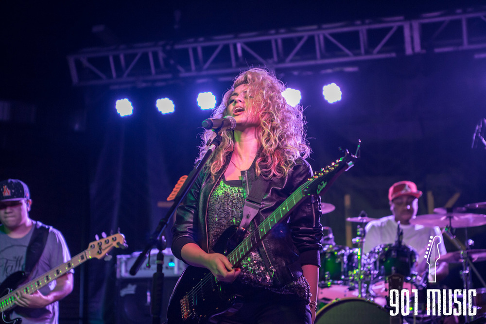 na-0616-ToriKelly-8.jpg
