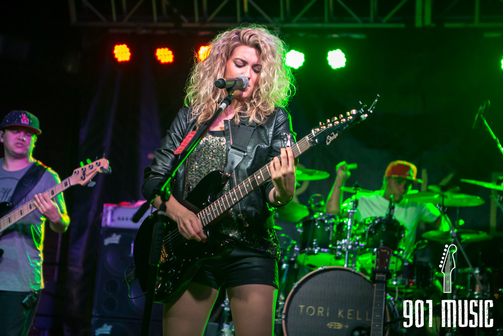 na-0616-ToriKelly-12.jpg