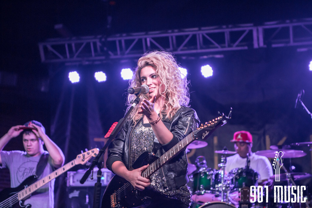 na-0616-ToriKelly-13.jpg