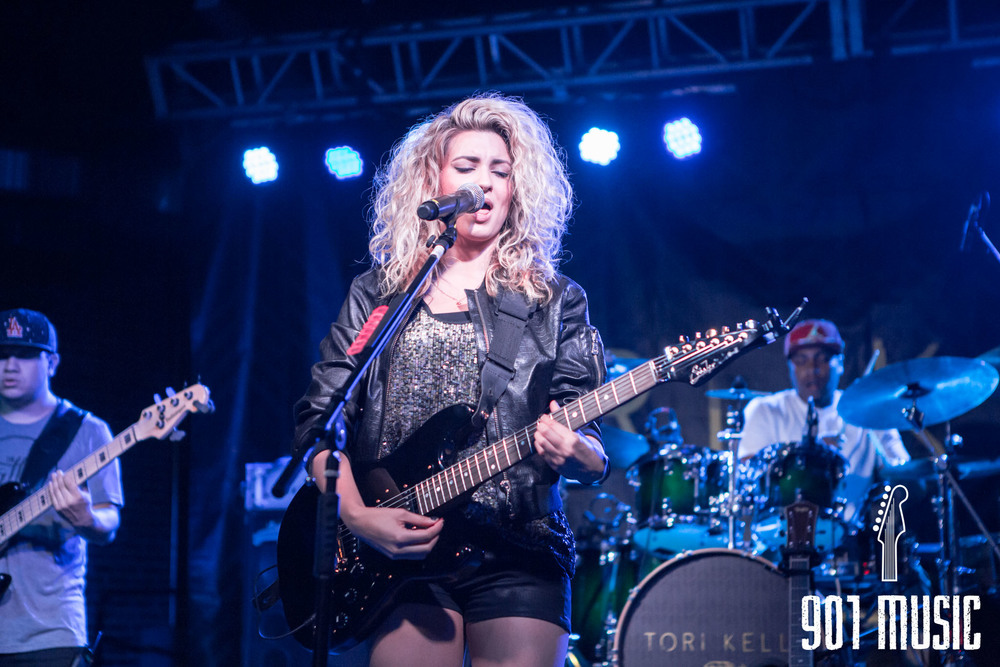 na-0616-ToriKelly-14.jpg