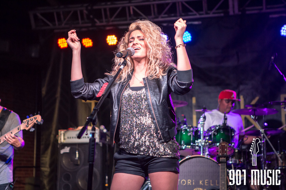 na-0616-ToriKelly-25.jpg