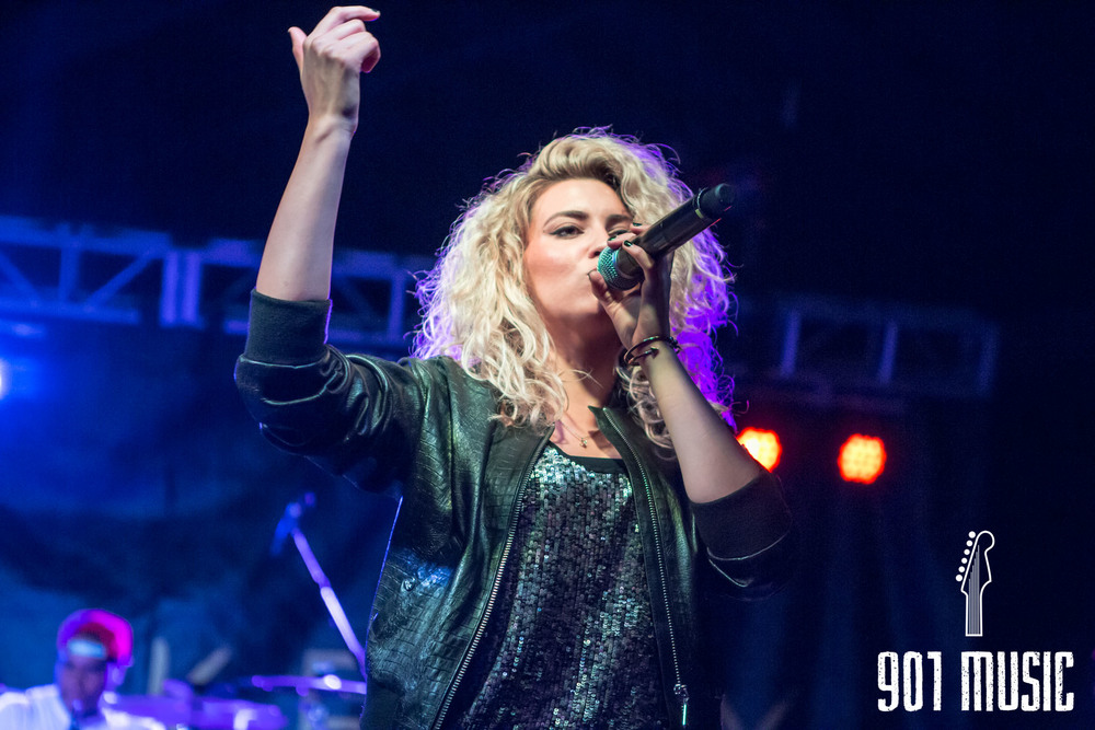 na-0616-ToriKelly-27.jpg