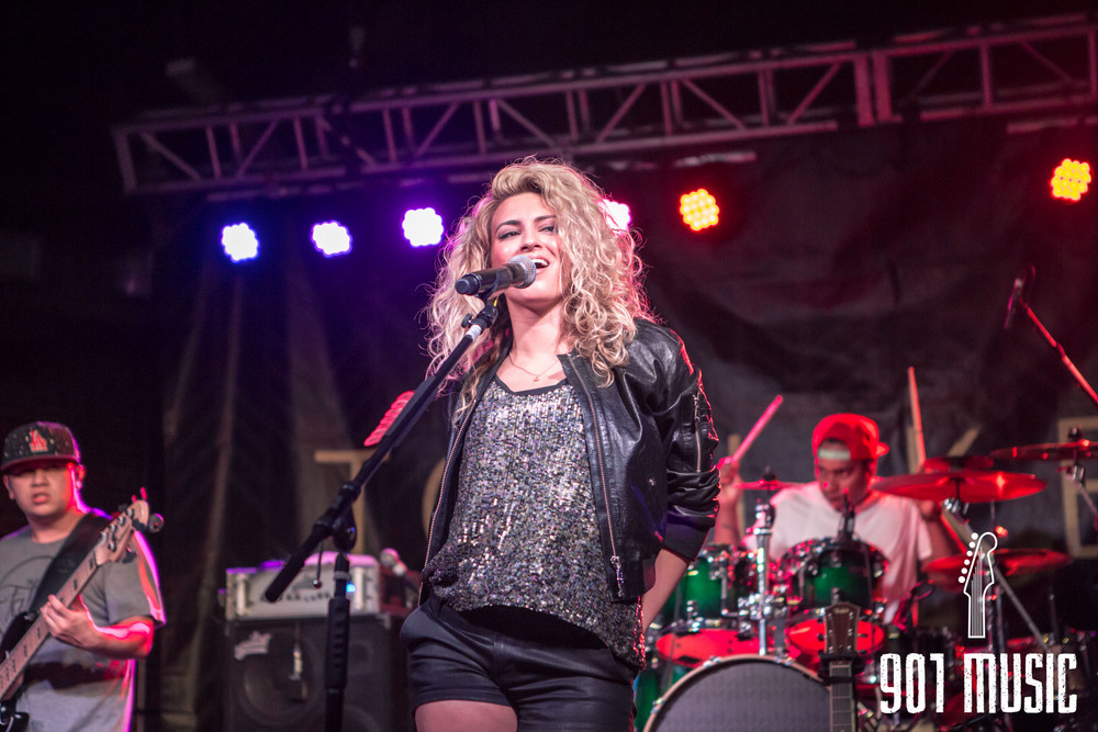 na-0616-ToriKelly-31.jpg
