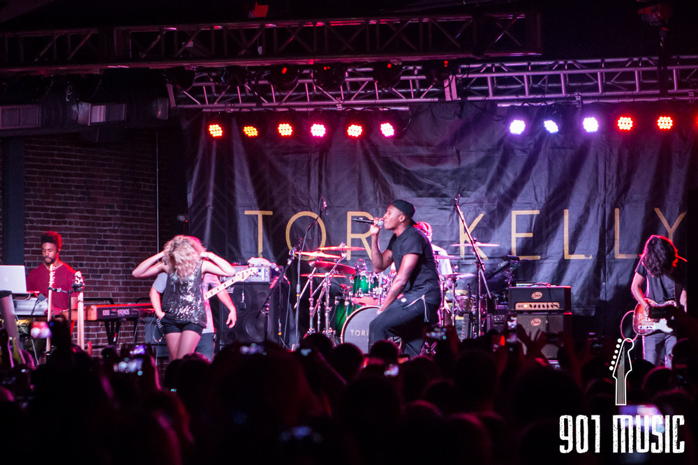 na-0616-ToriKelly-34.jpg