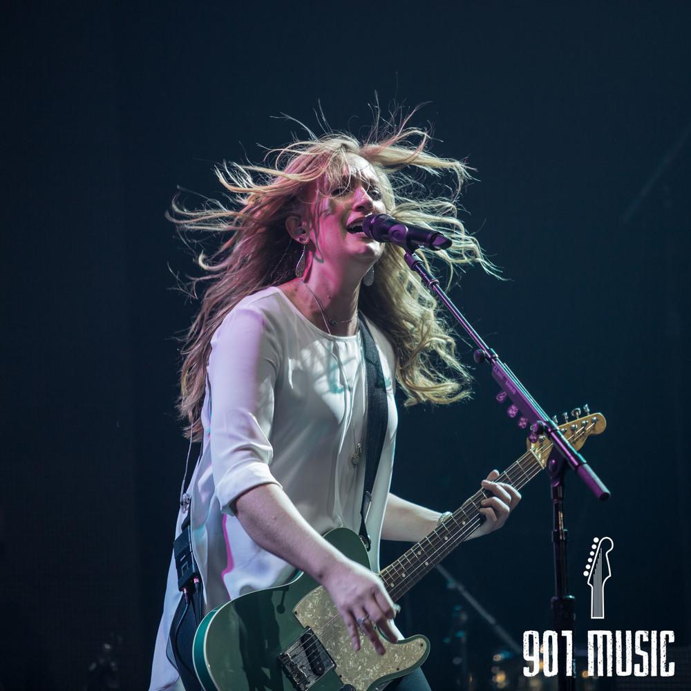 na-1009-Miranda Lambert-13.jpg