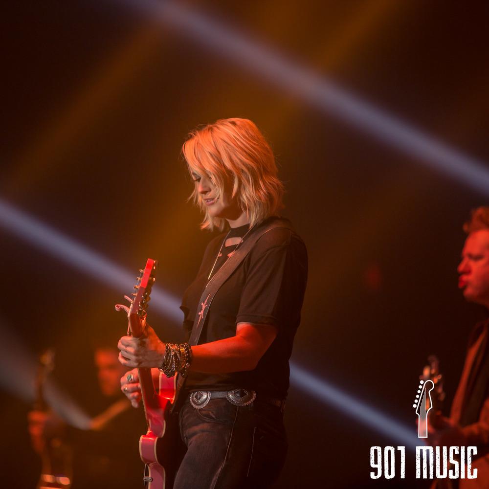 na-1009-Miranda Lambert-43.jpg