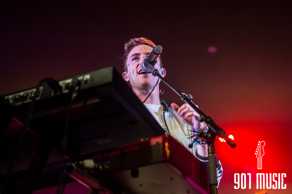 na-1020-2015-Walk The Moon-23.jpg