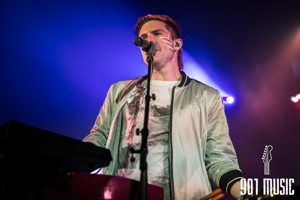 na-1020-2015-Walk The Moon-27.jpg