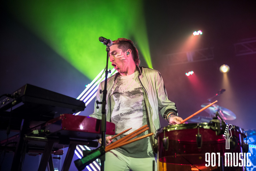na-1020-2015-Walk The Moon-29.jpg