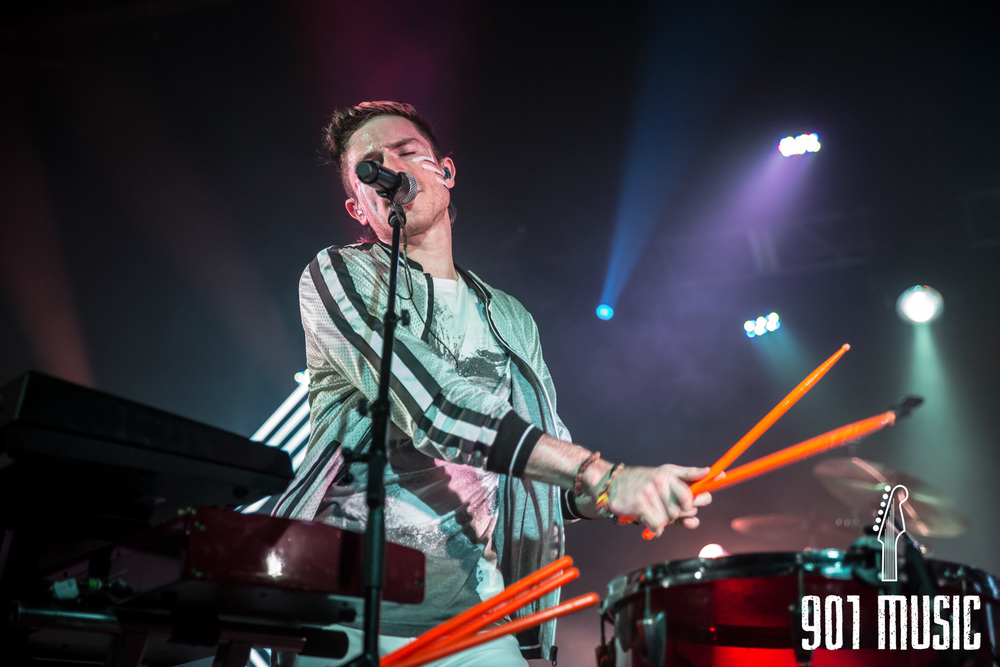 na-1020-2015-Walk The Moon-28.jpg