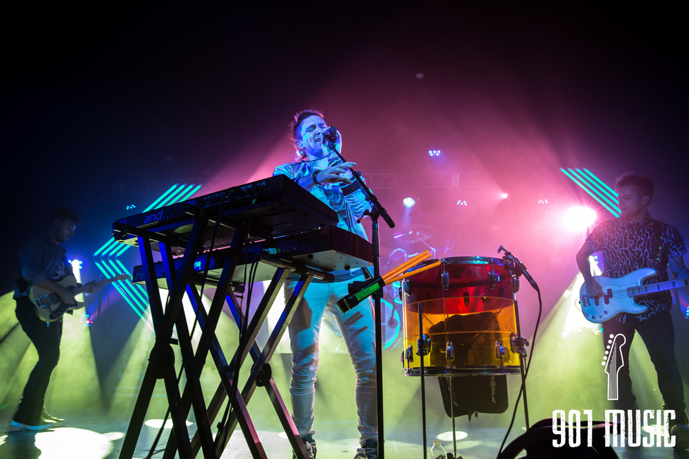 na-1020-2015-Walk The Moon-35.jpg
