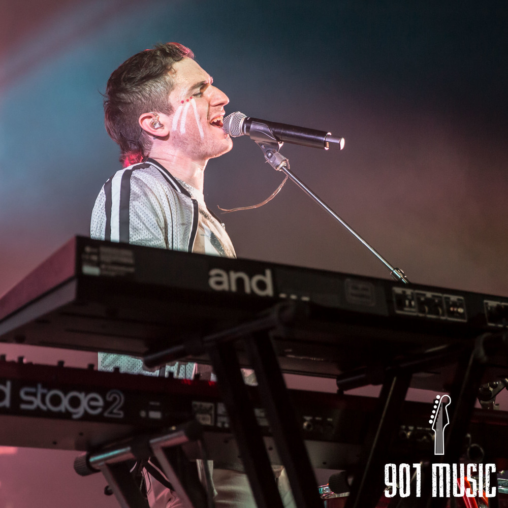 na-1020-2015-Walk The Moon-41.jpg