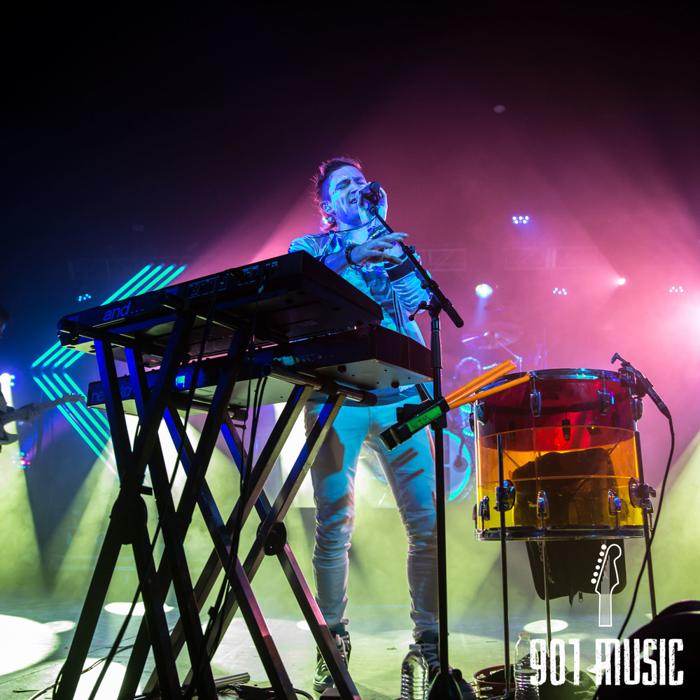 na-1020-2015-Walk The Moon-51.jpg