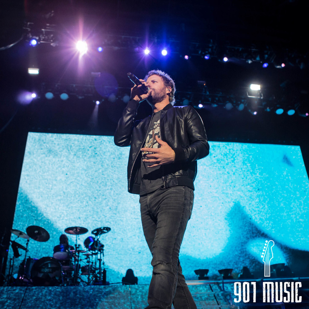 na-11012015-Dierks Bentley-1.jpg