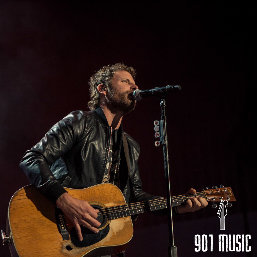 na-11012015-Dierks Bentley-7.jpg
