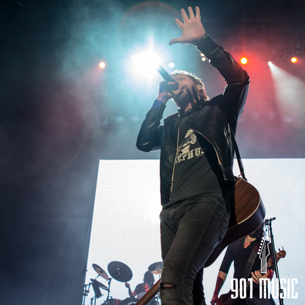 na-11012015-Dierks Bentley-8.jpg