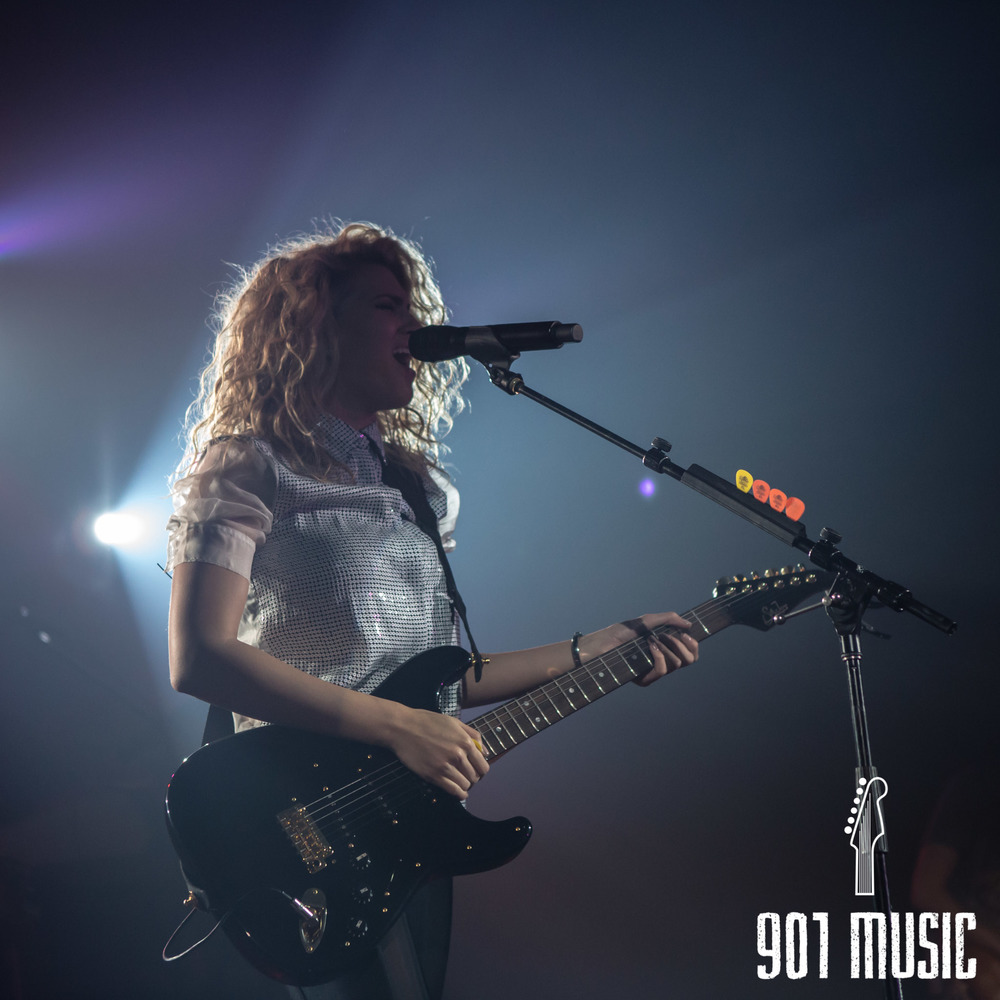 na-11052015-ToriKelly-38.jpg