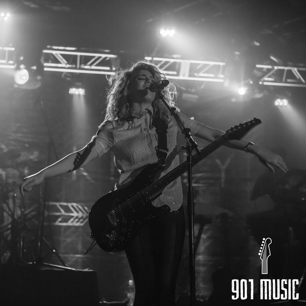 na-11052015-ToriKelly-46.jpg