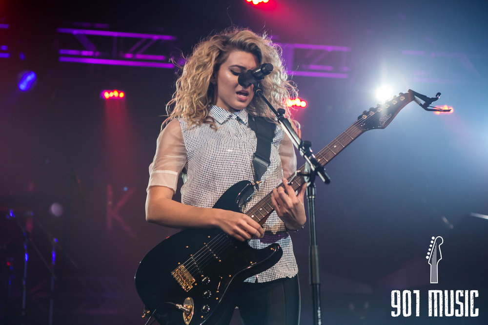 na-11052015-ToriKelly-27.jpg