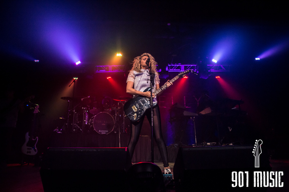 na-11052015-ToriKelly-30.jpg