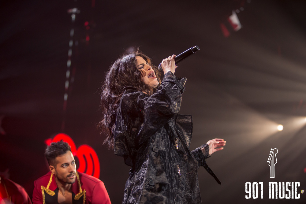 na-12162015-Jingle Ball Chicago-11.jpg