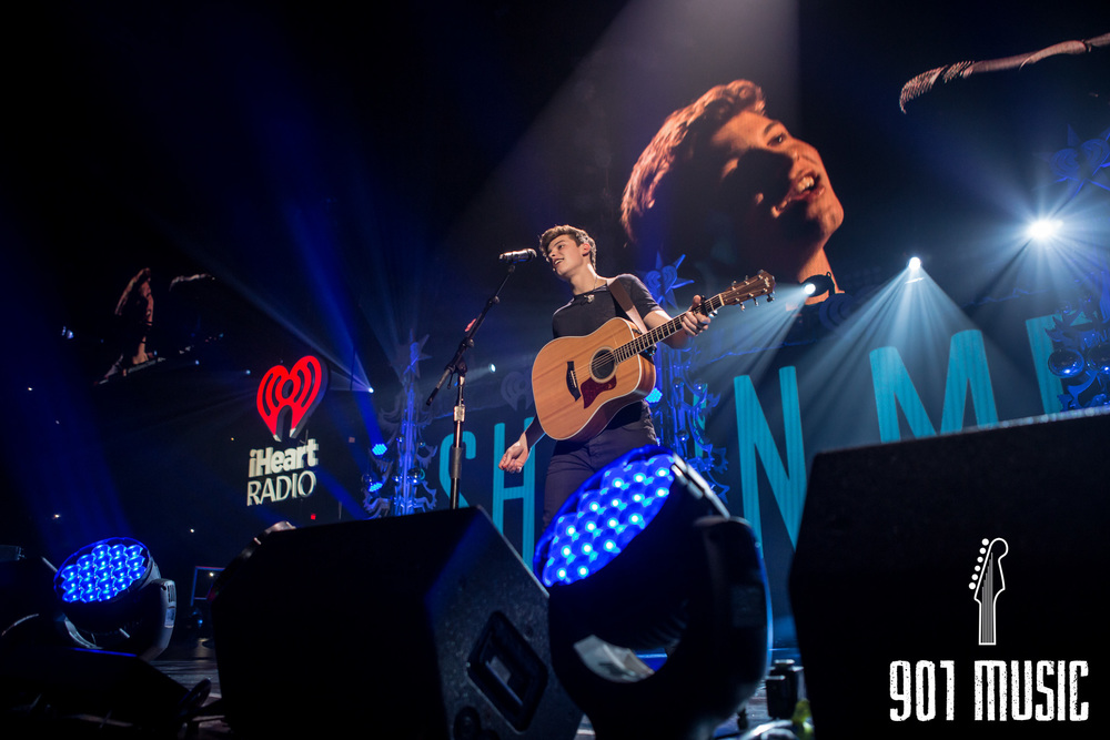 na-12162015-Jingle Ball Chicago-1.jpg