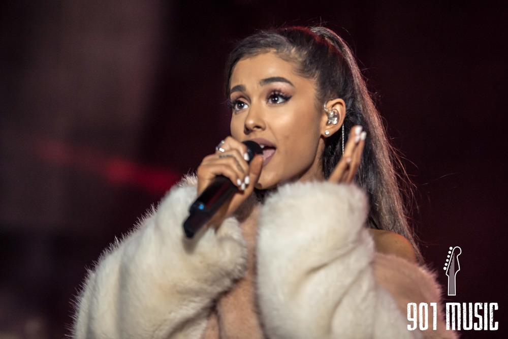 Ariana-10.jpg